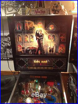 ADDAMS FAMILY PINBALL MACHINE/ EXCELLENT