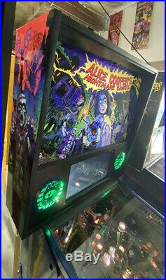 Alice Coopers Nightmare Castle Pinball Machine Spooky Free Ship