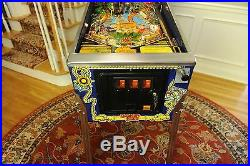 Amazing Collectible Gilligan's Island Pinball machine Bally. Signed by Mary ann