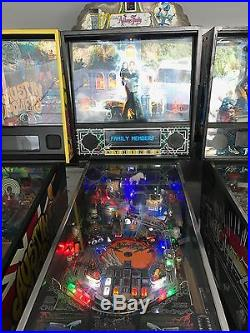 Collectible Addams Family Pinball Machine Excellent Condition