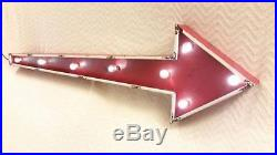 LARGE 3 FOOT LIGHTED RED ARROW METAL SIGN CARNIVAL FAIR EXIT MOBIL VINTAGE LOOK