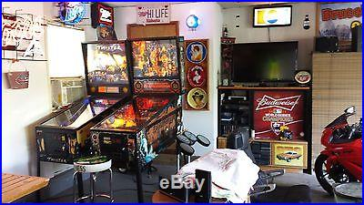 Lot of 2 pinball machines price is for both