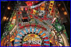 WILLIAMS THE GETAWAY HIGH SPEED II PINBALL MACHINE PLAYS FINE ALL SHOP OUT