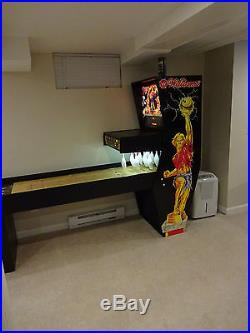 Williams Strike Master Shuffle Bowler Beatifully Restored Plays and looks 100%
