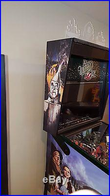Wizard of OZ Emerald City Edition Pinball Machine HOME USE ONLY